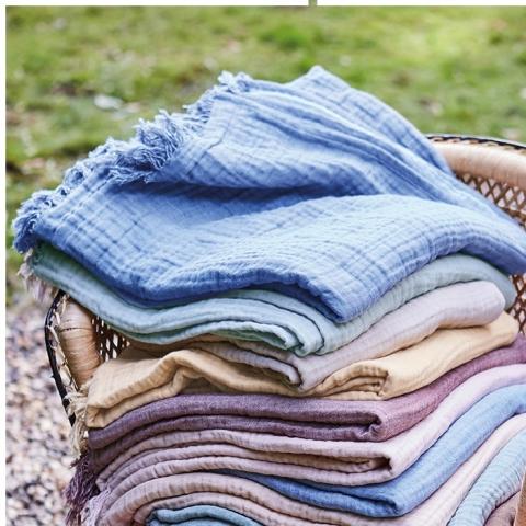 Manta beige de algodón orgánico
