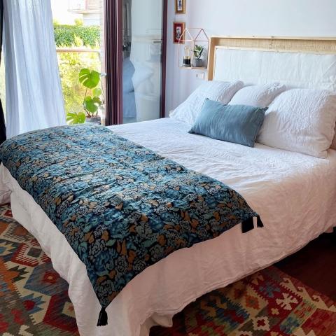 Pie de cama flores